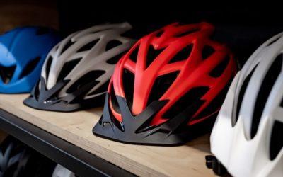 Oud fenomeen duikt op in tijden van corona: wielrenners zonder helm
